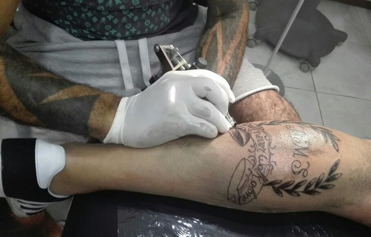 Tatto louros iniciais