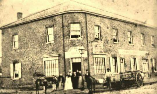 Royal Oak Hotel at 387 Church St,at the corner of Ross St,Parramatta (year unknown).It was established in 1831.Behind the pub are stables that are even older,heritage-listed, as well as an archaeological site.