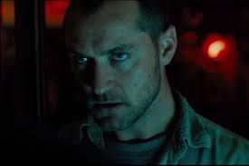 Film review of submarine thriller 'black sea' starring jude law.