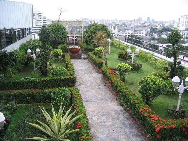 Rooftop Garden Design roof garden with plunge pool Best 25 Rooftop Gardens Ideas On Pinterest