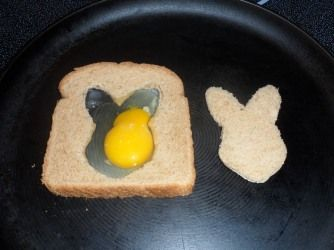 Fun egg-in-a-hole for Easter. Your kids will love it if you surprise them with this for breakfast!