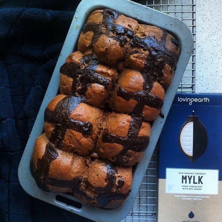 VEGAN DARK CHOCOLATE HOT CROSS BUNS ~ earthy, bittersweet bites Full recipe on my blog >> https://compassionateeats.wordpress.com/2016/03/28/dark-chocolate-hot-cross-buns/
