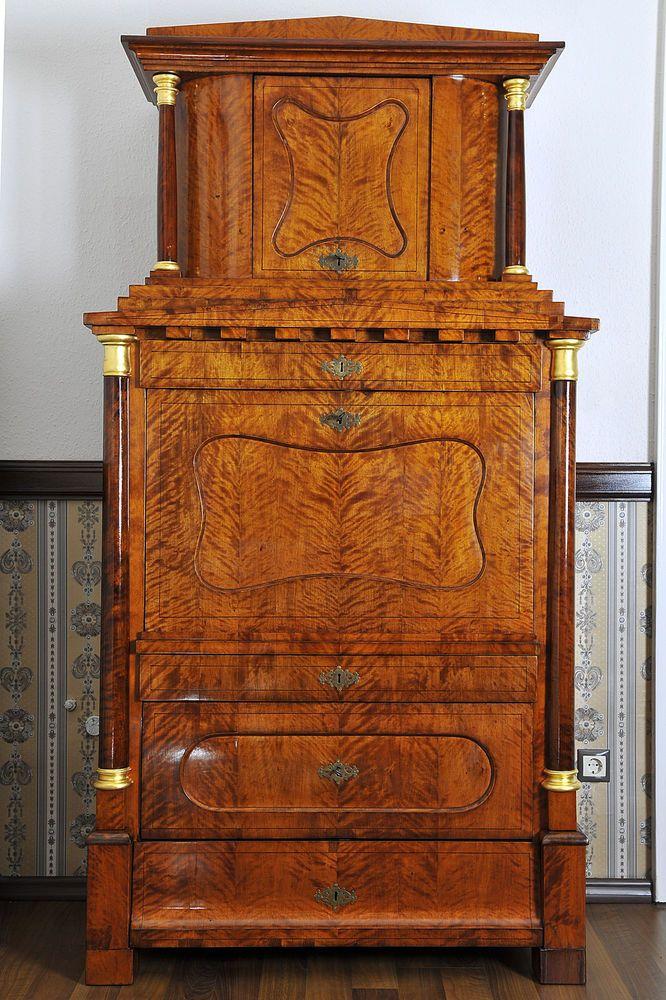 Biedermeier - Meisterlicher Biedermeier Sekretär Birke, Berlin 1825 in Antiquitäten & Kunst, Mobiliar & Interieur, Sekretäre | (7590 EUR)