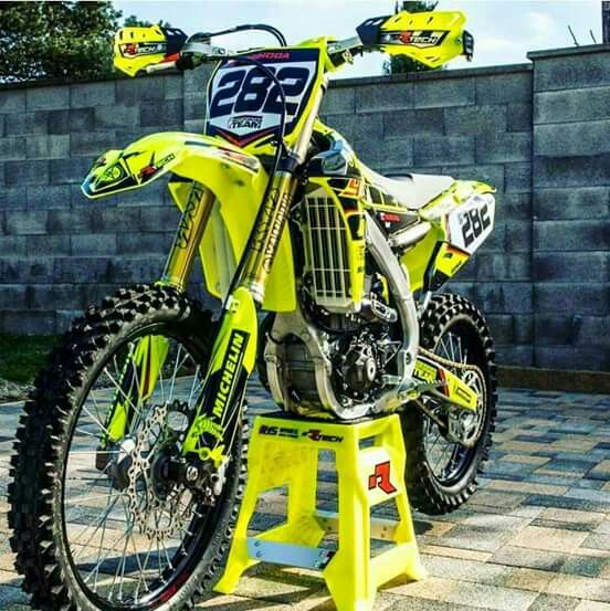 neon yellow with black rims looks tight dirt bikes. Black Bedroom Furniture Sets. Home Design Ideas