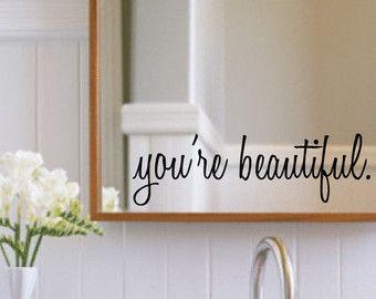 Tatuajes de pared de inspiración - eres hermoso - etiquetas de la pared del cuarto de baño - espejo decoración - espejo - etiquetas de la pared - decoración de la pared - decoración