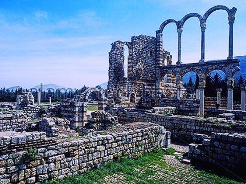 What I love most about Lebanon is it's blue sky 💙 . #livelovelebanon . . #middleeast #natureza #nature #beirut #beirute #libano #lebanon #beautifuldestinations #travel #travelgram #travelblogger #travelphotography #view #landscape #landscapephotography #explore #visit #ruinas #historia #ruins #history #igers by nuraharati. travelphotography #visit #landscape #view #nature #beirut #beirute #libano #explore #travel #lebanon #beautifuldestinations #history #travelgram #igers #natureza #ruins…