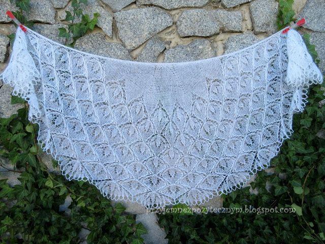 Blooming Stitch Shawl