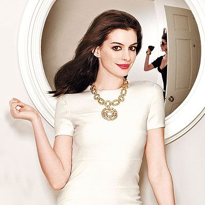 560 Best Images About Anne Hathaway On Pinterest Anne Hathaway Haircut Met Gala And Devil