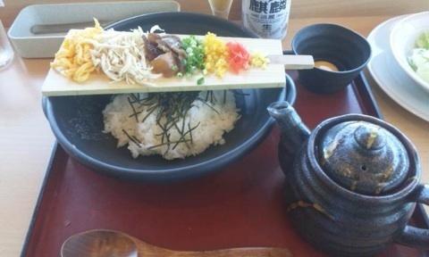鶏飯!  奄美空港!
