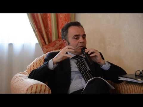 Parte I. Conferenza  'Porto libero nell'ottica del Diritto Internazionale, tenutasi il 12 marzo 2016 presso l'Hotel Greif Maria Theresia. Relatore Giuseppe Paccione, presenta Massimo Martire.