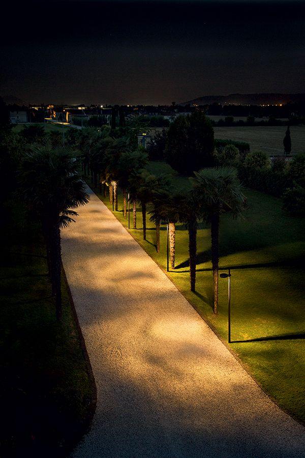 Palladiano 1 0 4000k 55w Anthracite Shadow Effect Filter Leaves Distance Between Fixtures 12 M Mou Park Lighting Landscape Lighting Garden Night Lighting