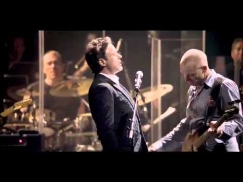 BOOM: Robert Downey Jr Sings With Sting And Absolutely Kills It