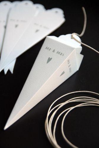 Wedding favor cones. @GloMSN