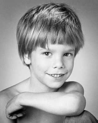 Etan Patz was the first missing child to have his photograph on the front of milk cartons across America in the hope of finding him. On the morning of May 25, 1979, Etan was on his way to school from his parents'  apartment in the Soho district of Manhattan. Etan was well behaved, and the neighborhood was considered a safe place where everyone looked out for everyone else, so it was assumed that Etan's journey to the school bus pick-up point would be an uneventful one. He never returned…