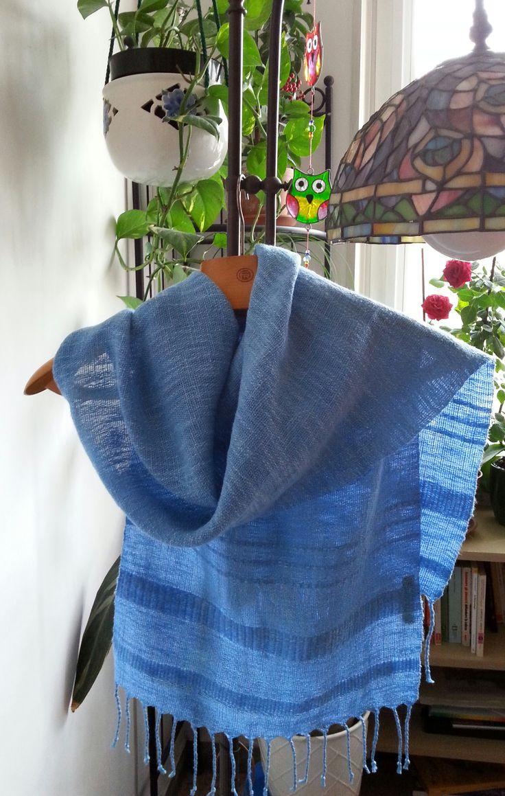 Primo lavoro a telaio con motivi derivati dalla tela
