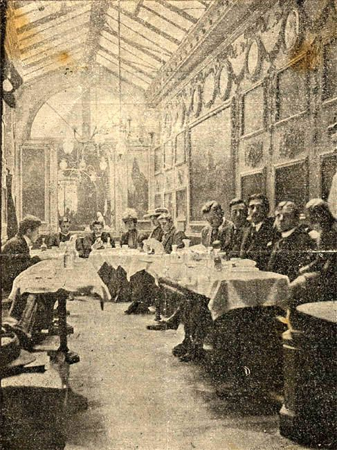 An awesome image of the Anitco Caffe Greco in Rome in 1910. It is one of the oldest cafes in Rome, and within Italy only Caffè Florian in Venice is older. Sophistication doesn't go out of style.