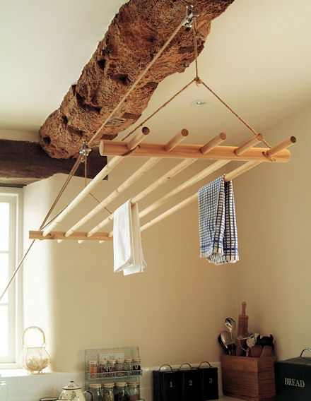 Traditional Ceiling Clothes Dryer. I really must make one of these, it would be so easy.