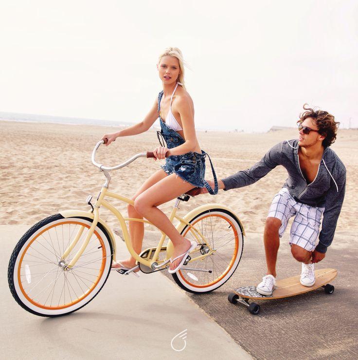 sixthreezero Scholar Beach Cruiser | Cream & Orange