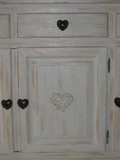 Les 25 meilleures id es concernant repeindre un meuble for Peinture bois sans poncer