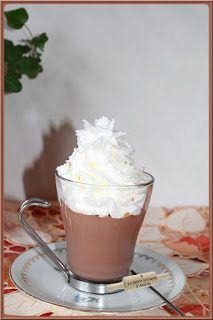 Chocolat liégeois au Thermomix..ou pas..!   On aime les liégeois au chocolat, au café, au caramel ou autre..!  Un dessert frais qui pas...