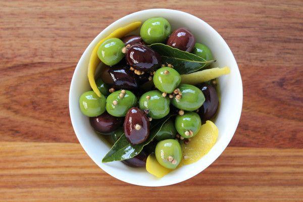DIY: marinated olives – HoutenPlank