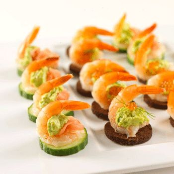 Finger food cucumber shrimp cocktail mix of mayo for Canape party ideas