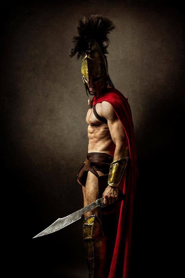 Character : Leonidas (300) Cosplayer: Leobane Cosplay