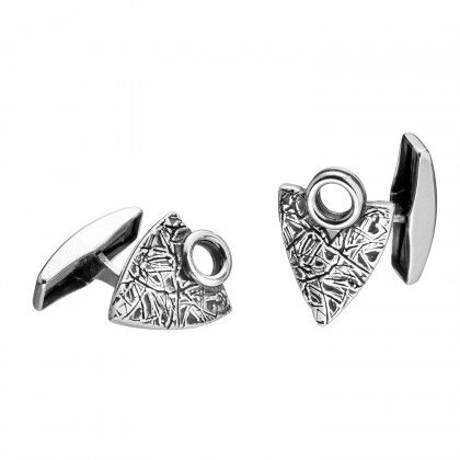 Kalevala Koru / Kalevala Jewelry / Elämän roihu -kalvosinnapit / Live Hard Live Your Dream cufflinks / collection is inspired by the Dudesons and produced by Kalevala Jewelry / Material: silver