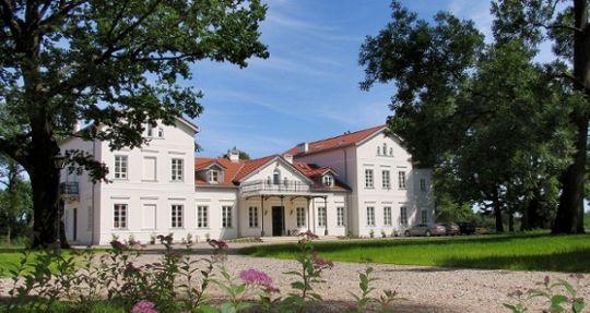 Lochow Palace