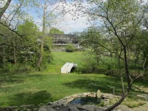 Pheasant Run is an excellent place for outdoor tented weddings. http://paevent.com/tfr
