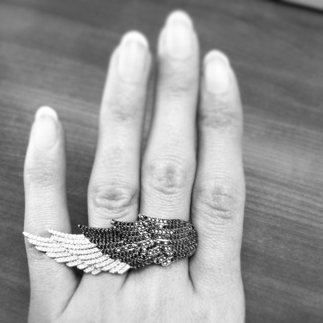 Flying with our new wing!!! Black and White Diamond Wing x By Hala