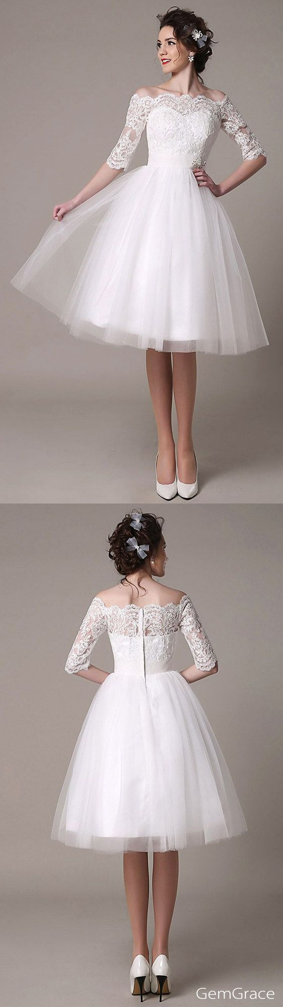 Vintage short wedding dress. I love Vintage! This beautiful knee length wedding dress is made with tulle and unique lace. One elegant half sleeved lace style for summer weddings. Unique Vow renewal dress, mature brides wedding dress, reception dress, dress for bridal shower... For comfy wearing, custom it for your size. (Bodice)
