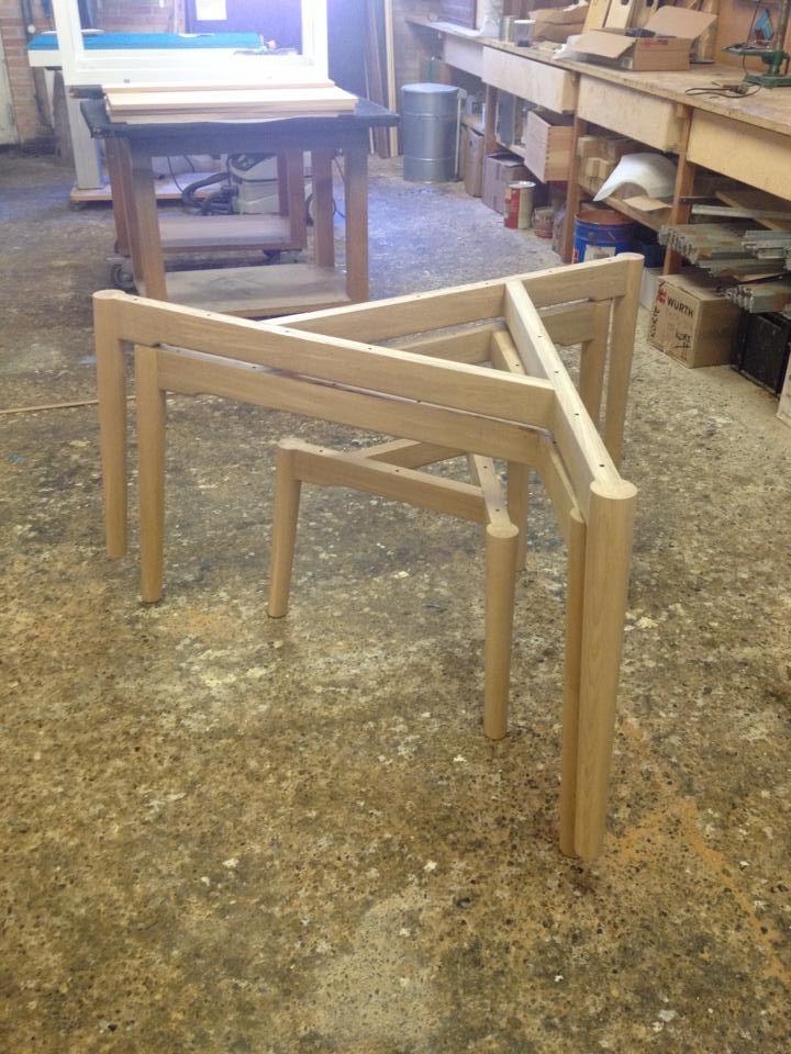 Construction of base for the round table. http://www.kjeldtoft.com/