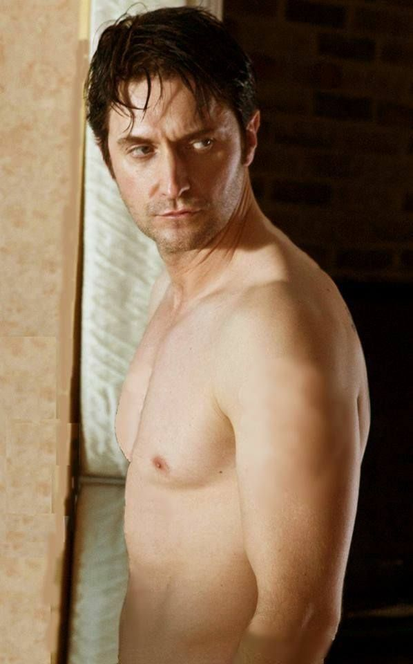 Richard Armitage as Lucas North in Spooks/MI-5 (2008-2010) Manip picture. Lucas's tattoos removed