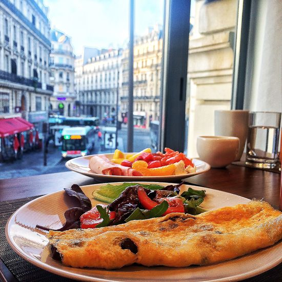 Breakfast in the ultimate Paris people watching position at the Hilton Paris Opera. Image © Skye Gilkeson. FRANCE: Hilton Paris Opera - The Fit Traveller. http://www.thefittraveller.com.au/stay/france-hilton-paris-opera/ #paris #hilton #hiltonhotels #t…