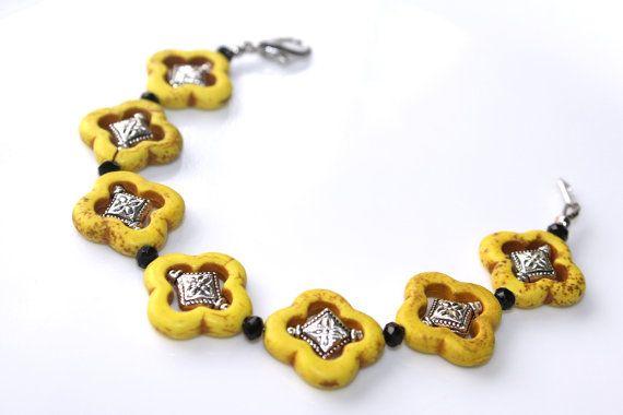 Moroccan+Jewelry+Set+Quatrefoil+Yellow+Bracelet+and+by+myVardo