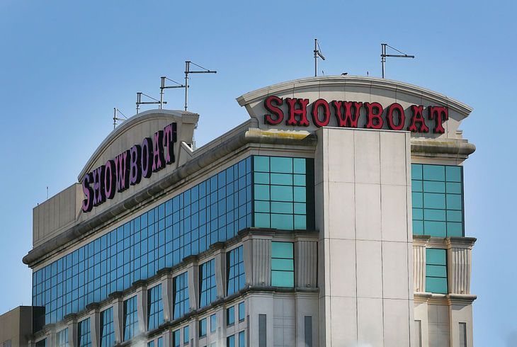 Stockton College plans to buy Showboat This is good news which we need to see more of......Stockton is an organization which has it's act together: finances, talent and creativity !