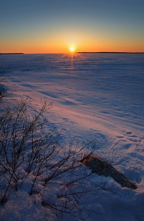 lake simcoe in winter