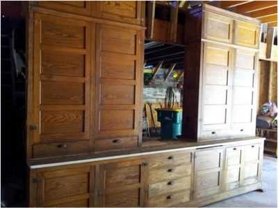 Kitchen 1920s cabinet | ... my husband found an original set of 1920 kitchen cabinets for sale