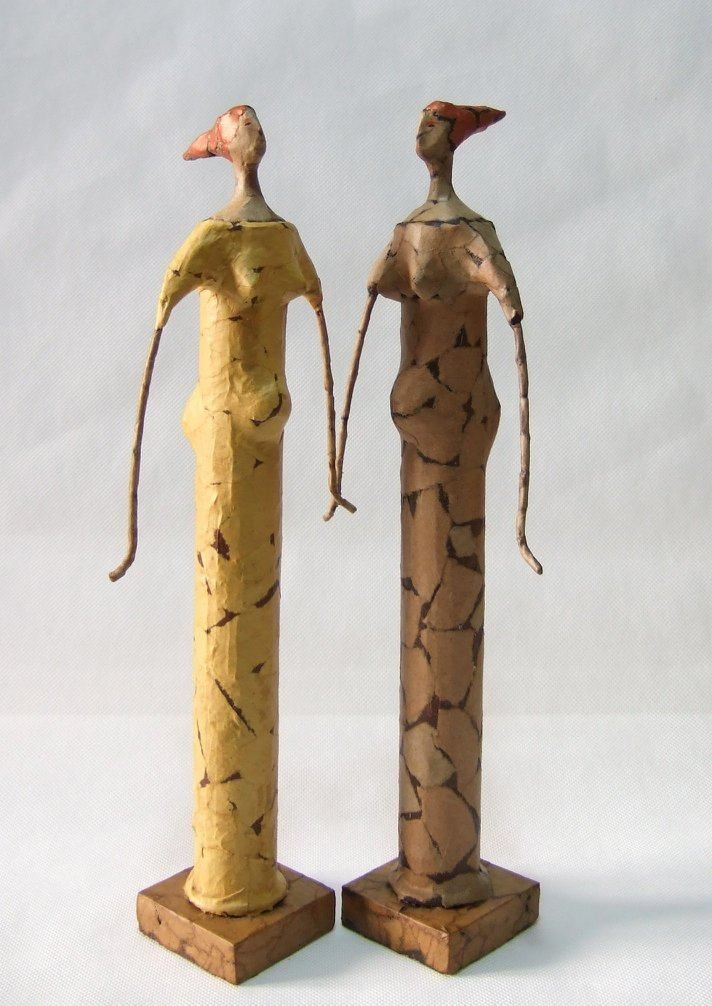 This week Georgette Jupe interviews an artisan working with paper mache in the heart of Sicily. Creating beautiful sculptures that showcase a life-long passion for showing emotion through handicrafts.