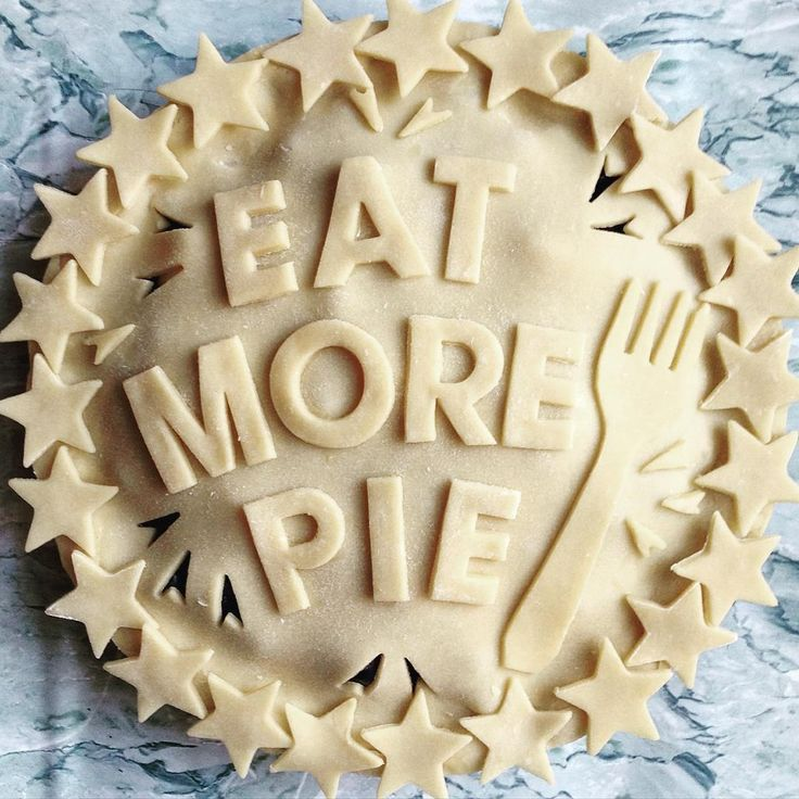 Decorated Pastry Pie Crust
