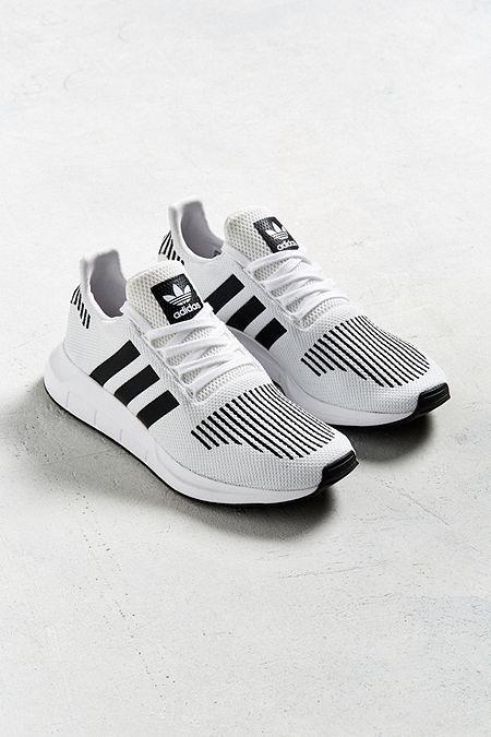buy popular 787f5 253b8 adidas Swift Run Sneaker