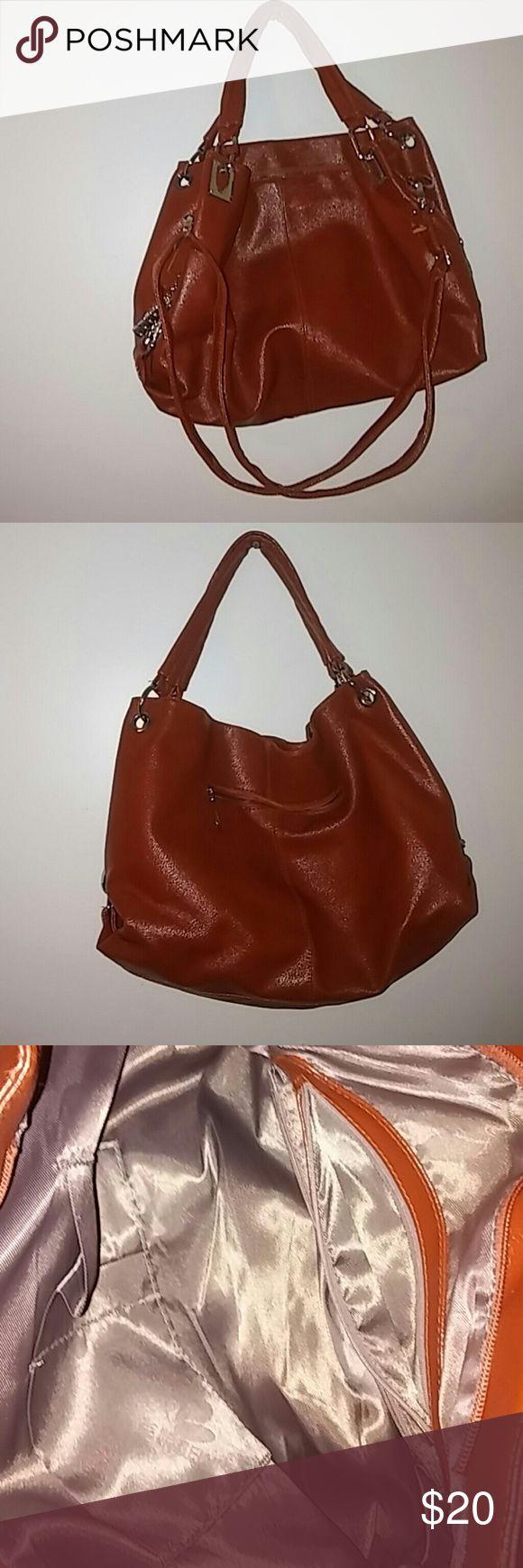 Beini purse Like new, medium sized bag, silver hardwear Bags Shoulder Bags