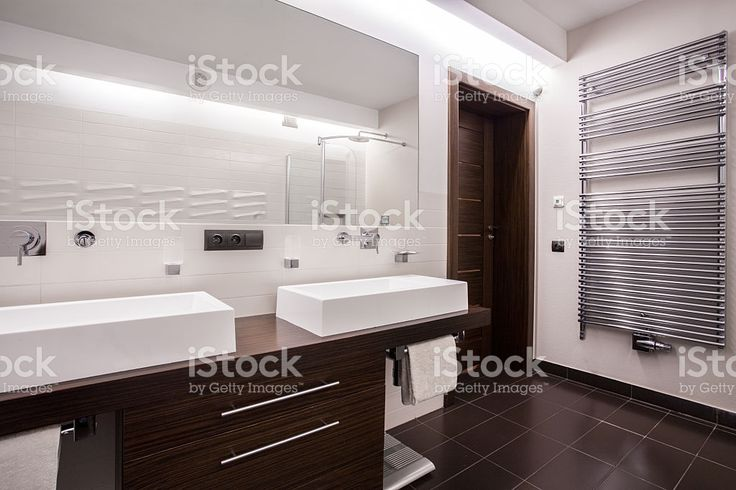 Modern and sterile bathroom royalty-free stock photo