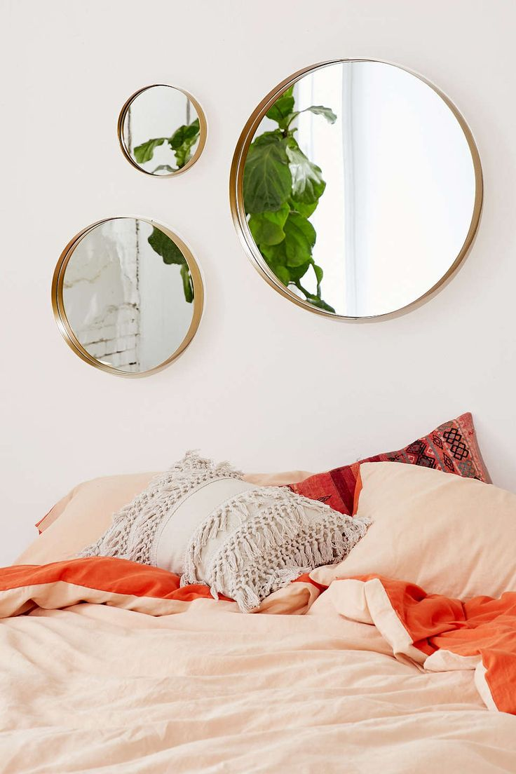 Averly Circle Mirror - Urban Outfitters
