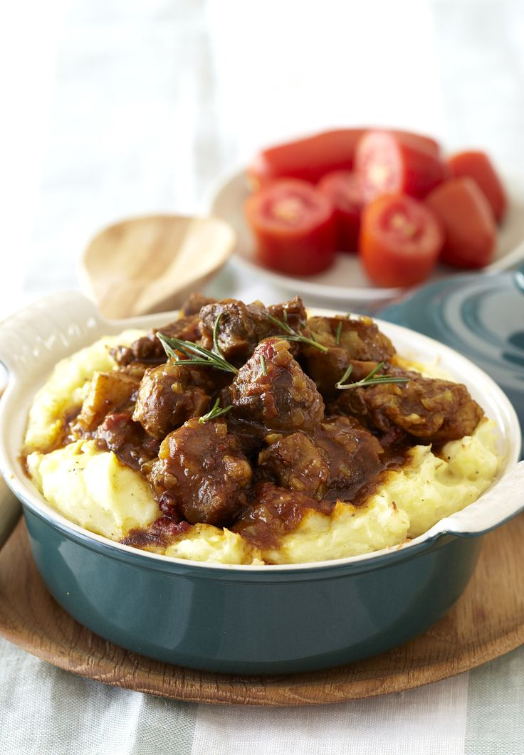 Curried Beef & Mushrooms with Golden Mash - how about this for comfort food? #Knorr
