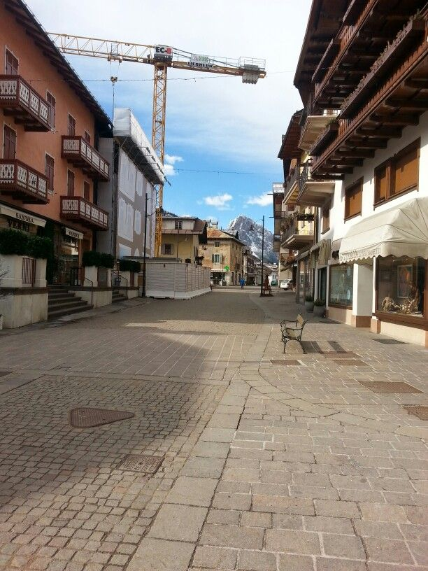 27/03/2015 ~ Cortina | Di ritorno dalla visita alla Rothoblaas e alla Rubner siamo passati per Cortina