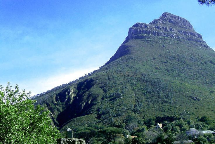Trek up the Lions head in Cape Town! http://www.wunderbird.com/safari/ferie_i_cape_town