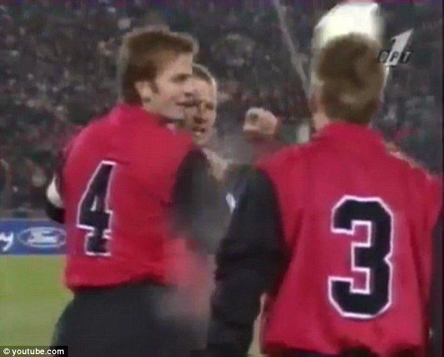 David Batty confronted Graeme Le Saux during Blackburn's match against Spartak Moscow