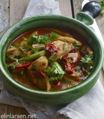 Kyllinggryte med paprika og stekt champignon - Elin Larsen